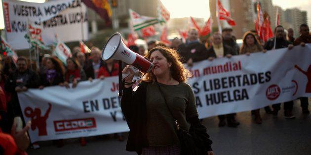 Manifestación de Comisiones Obreras y UGT en