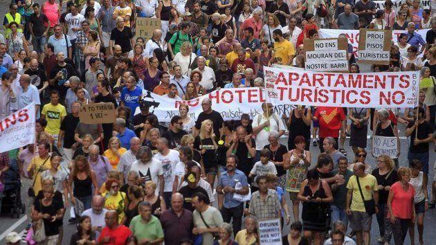 Protesta contra los apartamentos turísticos en