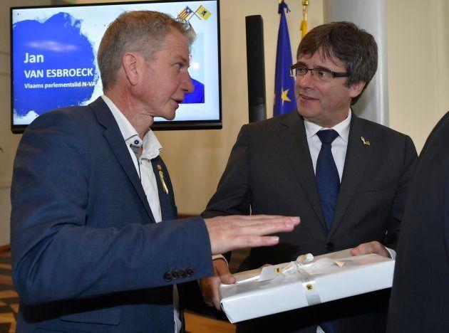 España retira el estatus diplomático al delegado de Flandes por sus