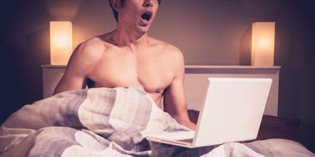 La edad de exposición al porno podría condicionar ciertas actitudes sexistas hacia las