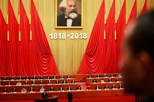 El presidente chino, Xi Jinping, habla durante un evento para celebrar el aniversario número 200 del...