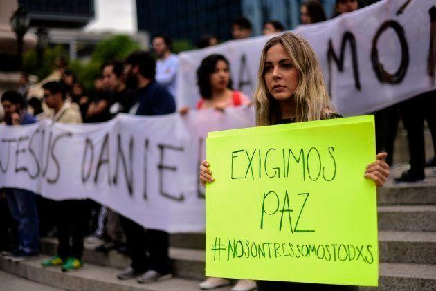 Protestas en Ciudad de México por el asesinato de los tres estudiantes de cine de Guadalajara. 24 de...