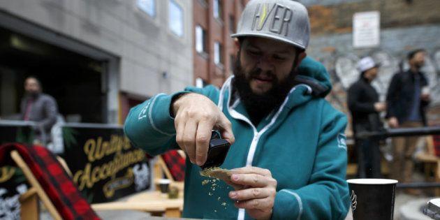 Canadá legaliza la marihuana para uso