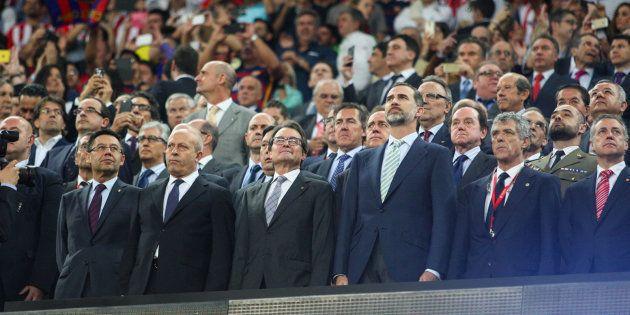 La Audiencia Nacional abre juicio oral por la pitada al himno en el Camp Nou de