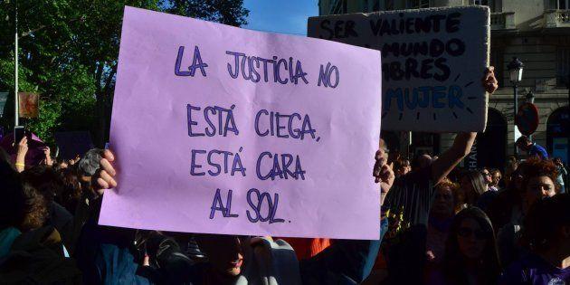 Una exdelegada para Violencia de Género, 3 catedráticas y la presidenta de la Abogacía revisarán los...