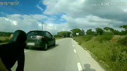 Un ciclista sube el vídeo de este coche a Twitter y muchos se llevan las manos a la