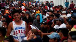 Miles de hondureños avanzan por México pese a la amenaza de