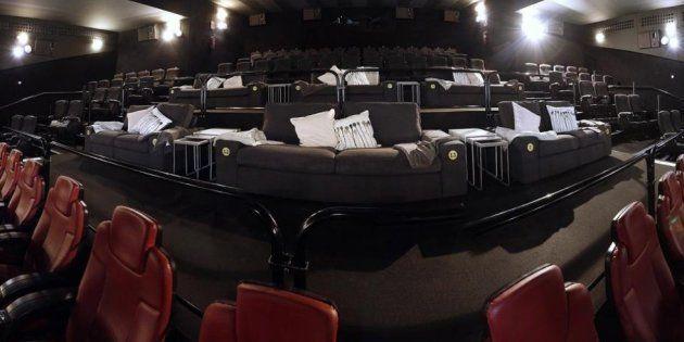 Ikea en el cine: varias salas recrean el salón de casa con muebles de la empresa