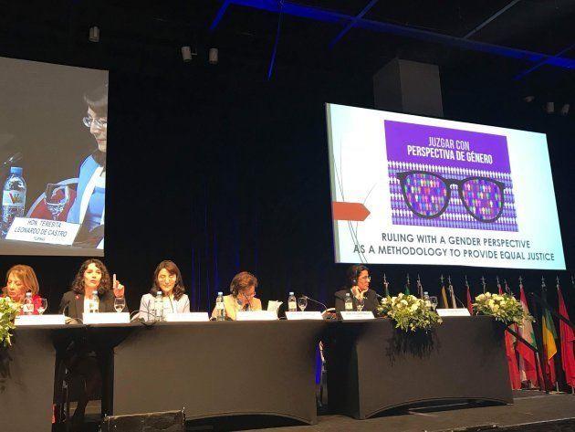 Mil juezas del mundo para la igualdad: 'Más mujeres, más