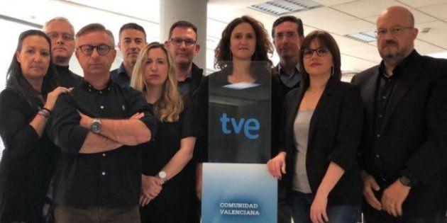 El equipo de los informativos de Valencia, que se sumó a las protestas