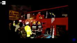La colisión de un autobús en un túnel de China causa 36 muertos y 13