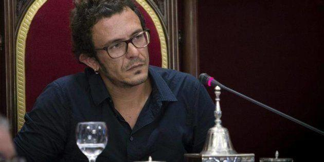 El alcalde de Cádiz, Kichi, dona el 44,5% de su sueldo de junio y julio a una asociación por el