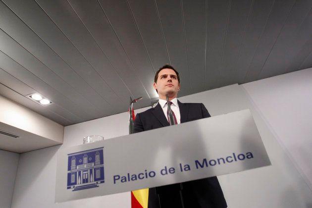 Rivera pide a Rajoy extender