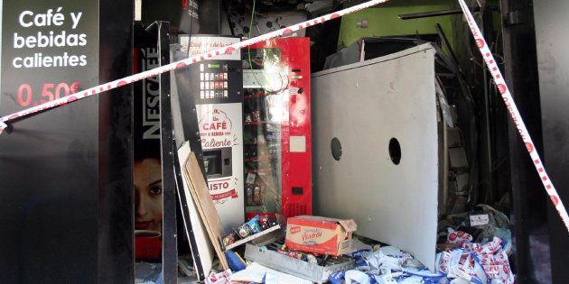 Cuatro heridos al explotar una máquina de 'vending' en