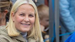 Mette Marit de Noruega padece fibrosis