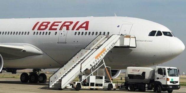 Un vuelo Madrid-Chicago vuelve a Barajas por una compuerta mal