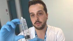 El vídeo viral de un enfermero explicando qué pasa si se cuela una burbuja de aire en el