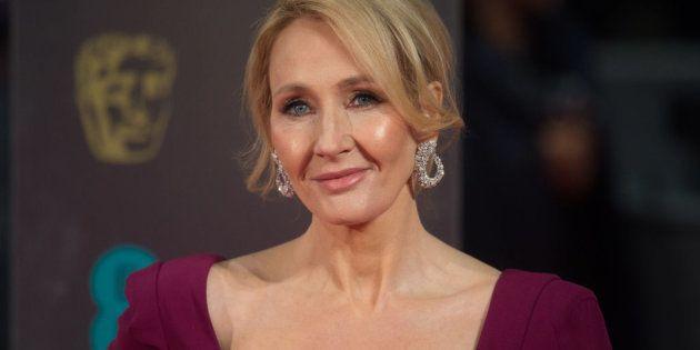 La aplaudida crítica de J.K. Rowling a Trump por su silencio sobre