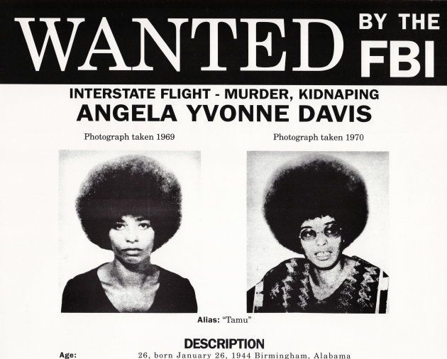 Se busca a Angela