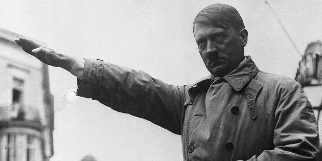 Un turista estadounidense recibe una paliza en Alemania por hacer el saludo