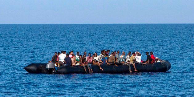 Save the Children y Médicos Sin Fronteras suspenden los rescates en el Mediterráneo por las restricciones...