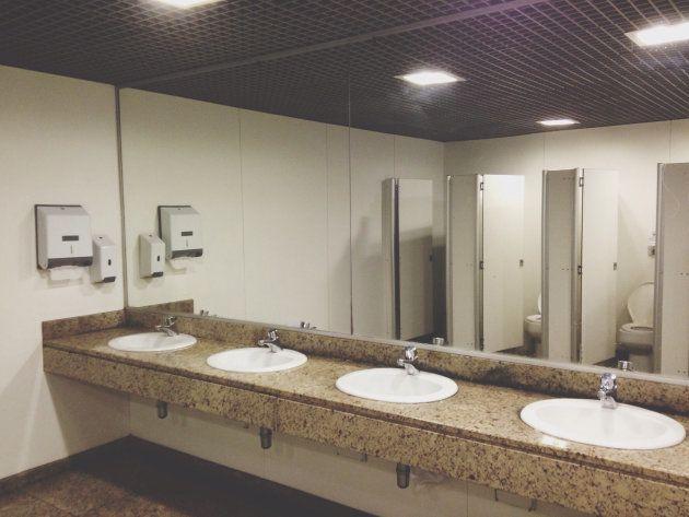 Cada persona visita el cuarto de baño 2.500 veces al año de