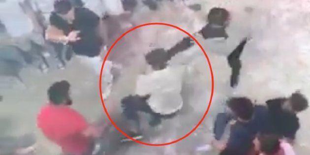 La escalofriante imagen de la paliza mortal a un joven italiano en una discoteca de