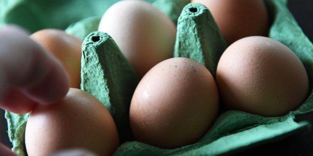 Francia identifica nuevos centros de distribución de huevos