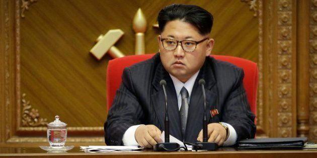 El funcionario que proveía de medicinas a Kim Jong Un deserta a Corea del