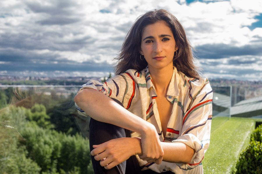 Alba Flores: