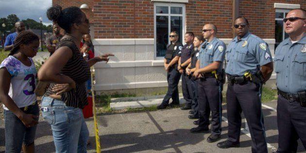 La Justicia de EEUU investigará a la policía de Ferguson tras los