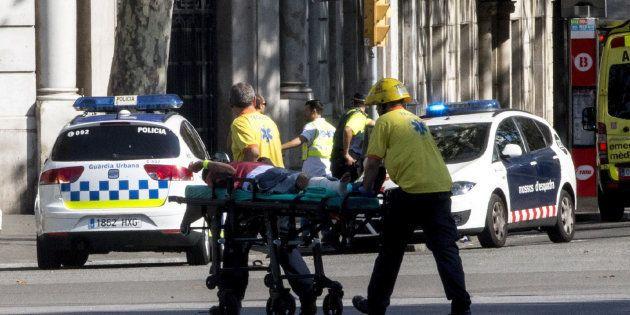 La historia solidaria en pleno atentado de Barcelona que derriba