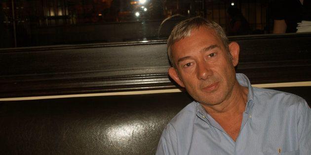 El periodista Enric González, retratado en Jerusalén en