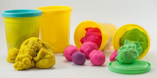 ¿A qué huele la plastilina? Play-Doh desvela los ingredientes del mítico
