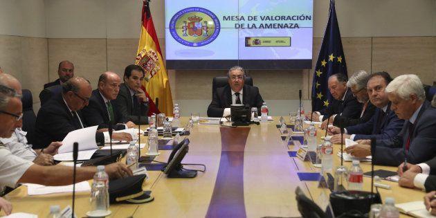 El Gobierno mantiene el nivel 4 de alerta tras los atentados de Barcelona y