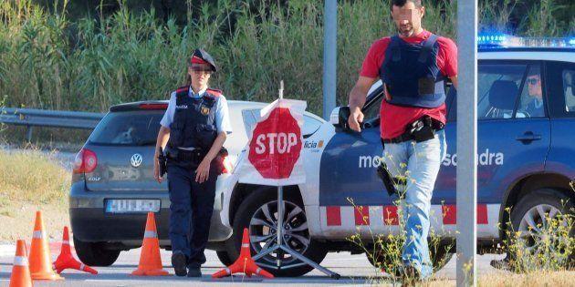 Los Mossos intensifican los controles en la frontera con