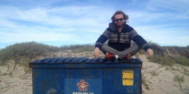 Este vegano no quiere comprar comida: la busca en la basura y gasta menos de cinco euros al