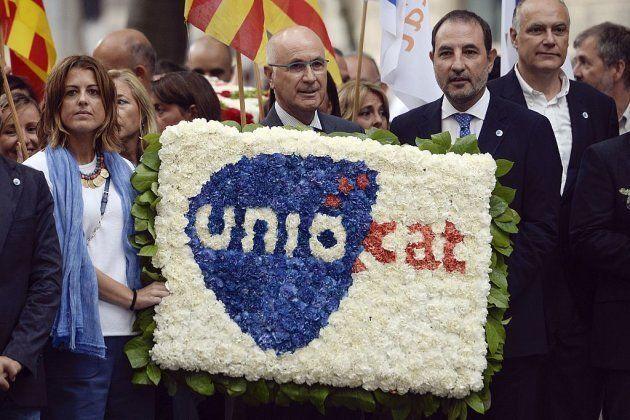 El líder del partido Unio Josep Antoni Duran i Lleida (centro) en una ceremonia en el monumento Rafael...