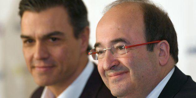 Pedro Sánchez y Miquel Iceta, durante un desayuno informativo celebrado en Madrid en