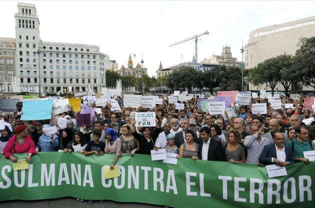 Un momento de la concentración en la Plaza Catalunya de Barcelona con el lema