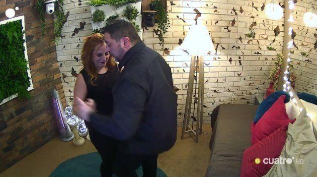 Las dotes de baile de este concursante de 'First Dates' han dado mucho que hablar en