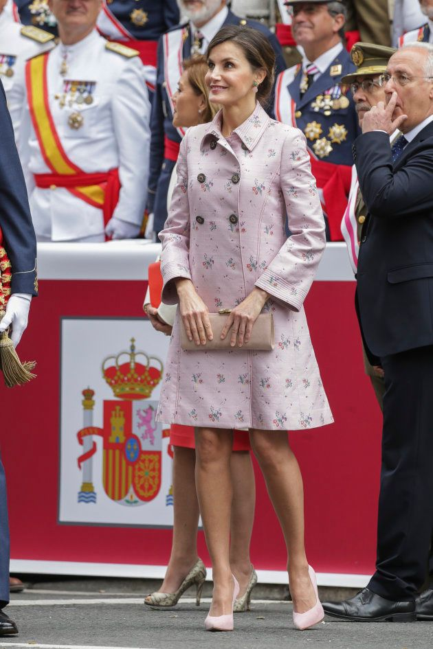 La reina Letizia repite 'look' en el Día de las Fuerzas