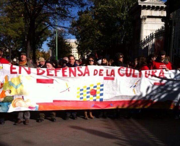 Cabecera de la manifestación 'En defensa de la Cultura'. Madrid