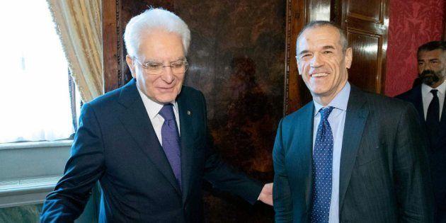 El presidente italiano encarga formar Gobierno al economista