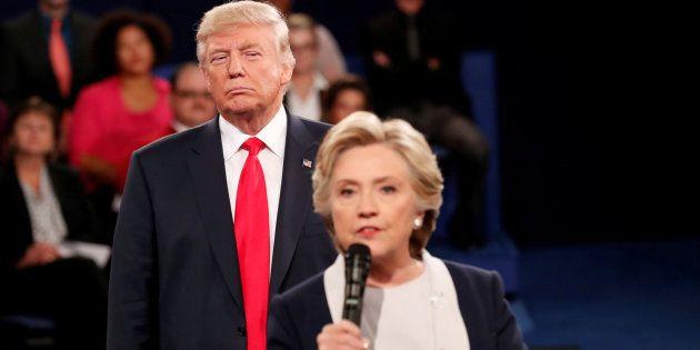 Uno de los momentos más comentados del segundo debate presidencial, al que se refiere Clinton en su