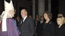 Los reyes presiden el funeral de la duquesa de Alba