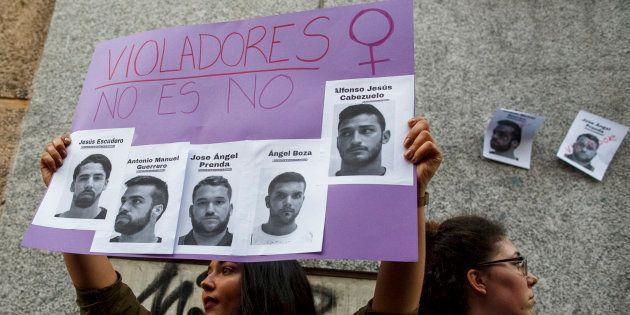 Imagen de la protesta contra la sentencia de La Manada y la agresión en los Sanfermines, el pasado 26...