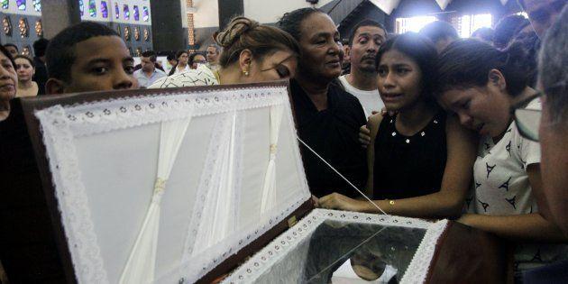 Velatorio de Álvaro Conrado, un niño de 15 años asesinado en las protestas estudiantiles del pasado