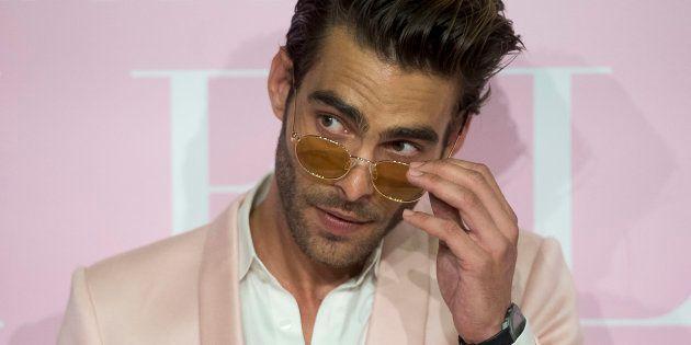 El modelo Jon Kortajarena, durante el estreno de la película 'Pieles' en Madrid el 7 de junio de