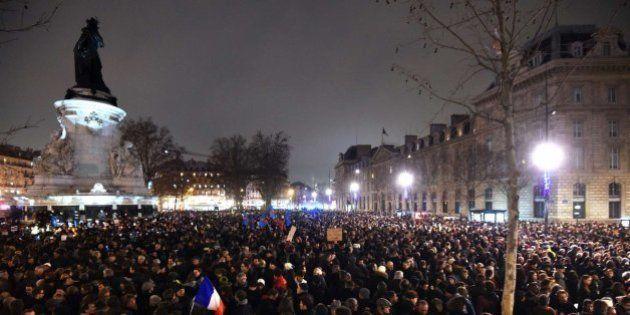 Miles de personas se concentran en París contra el atentado a 'Charlie